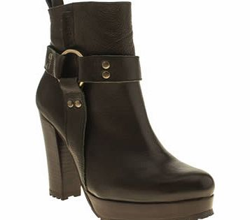 Red Or Dead Khaki Hole Punch Boots