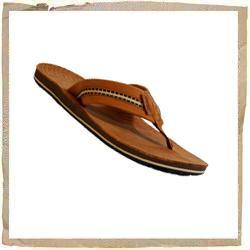 Reef Bonzer Leather Sandal Oiled Natural Leather & Textile Upper Thick Oiled Natural Leather Footbed Comfortable Contour Molded EVA Midsole Reef Tags & Textured Swell Embossed Footbed Rubber Non Marking Outsole Reef Code: 0546 - CLICK FOR MORE INFORMATION