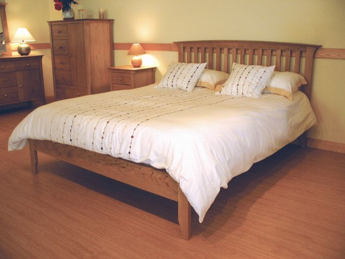 New England 3ft Single Wooden Bedstead