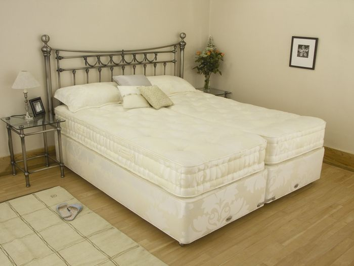 Relyon Braemar 2ft 6 Small Single Divan Bed