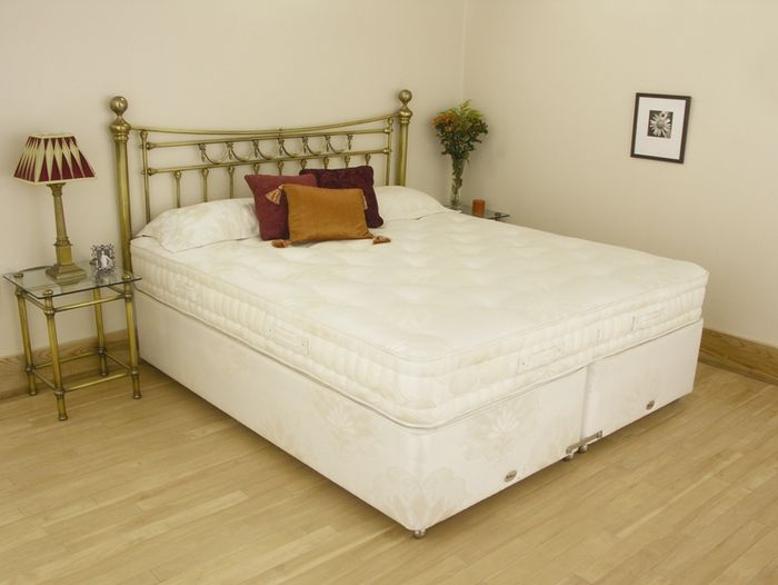 Relyon Chatsworth 2ft 6 Small Single Divan Bed