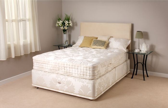 Countess Divan Bed  The Luxury collection  TheCountess Divan comes from Relyon`s Luxury range. It ha - CLICK FOR MORE INFORMATION
