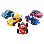 Roary and friends really speak with this Roary the Racing Car Friction Powered Vehicle. These friction powered cars feature 5 different sounds and phrases from your favourite Roary The Racing Car characters. One supplied, styles may vary. Batteries i - CLICK FOR MORE INFORMATION
