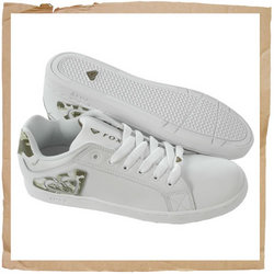Roxy Jolly Heart Skate Shoe  Padded Tongue and Collar  Soft Tricot Cotton Lining  Leather Upper - CLICK FOR MORE INFORMATION