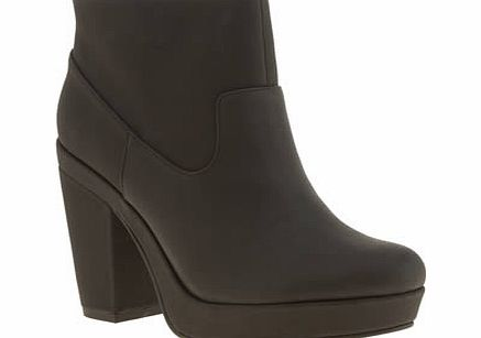 schuh Black Get Up Boots