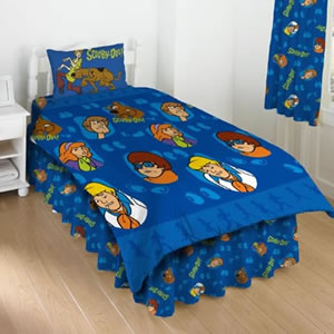 11 . Scooby Doo Bedding Featuring All The Characters Scooby Doo Shaggy