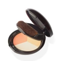 A remarkably versatile powder compact provides luminosity to skin creating a healthy radiance color and glow as a part of your makeup look. The Golden Bronze shade can be used as bronzer to achieve a tanned look. - CLICK FOR MORE INFORMATION