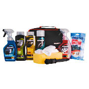 This 10 piece complete car cleaning kit features 500ml Simoniz wash and wax, jumbo sponge, Simoniz wheel cleaner, wheel brush,Simoniz tyre shine, 500ml Simoniz max wax polish, 2 polishing clothes, Simoniz matt dashboard wipes and 500ml Simoniz glass  - CLICK FOR MORE INFORMATION