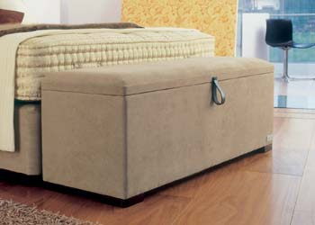 how to make an upho blanket box