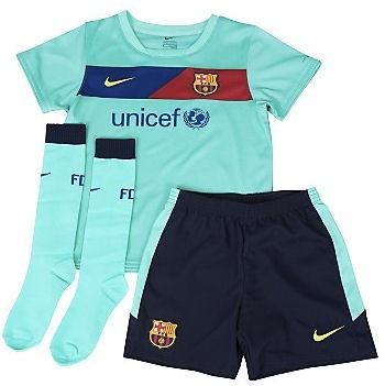 barcelona fc jersey 2010. arcelona fc 2011 kit.