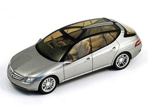 Spark Mercedes-Benz F500 Concept Car (2001) in Silver (1:43 scale) product image