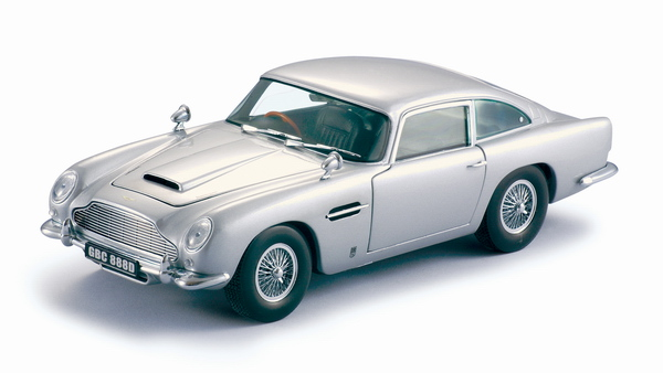 Aston Martin DB5 1963 in Silver