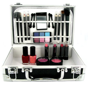 Shop Bon Voyage Makeup Gift Set - review, compare prices, buy online