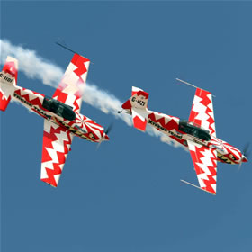 http://www.comparestoreprices.co.uk/images/tr/treatme-net-extreme-aerobatics-flight-for-2.jpg