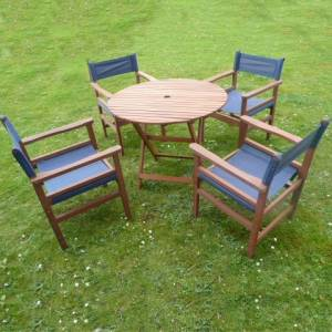 This superb Directors 90cm Diameter table and 4 Directors chairs are  perfect for `Al Fresco` fine d - CLICK FOR MORE INFORMATION