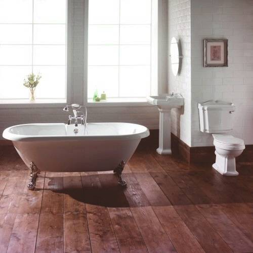 traditional roll top bathroom suite