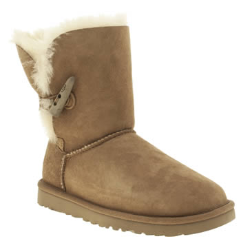 ugg australia Tan Bailey Toggle Short Boots