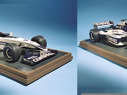 A stunning hand-built 1:8 scale replica of the 2000 season BMW Williams FW22. This car marked the