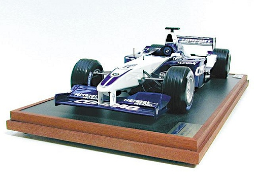 A stunning hand-built 1:8 scale replica of the 200