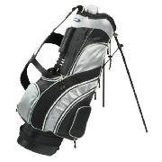 This Longridge 8.5 concept stand bag is very lightweight and features a dual shoulder strap and a st