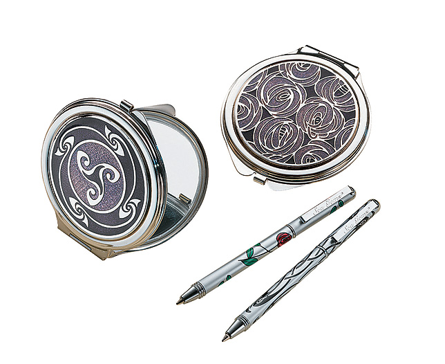 Unbranded Compact Mirror - Mackintosh Roses
