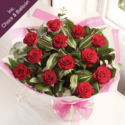 A dozen red Rose bouquet is a classic gift choice - you can relax in the knowledge that your Interfl