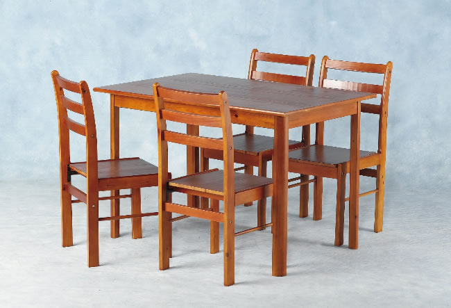Huntley dining set