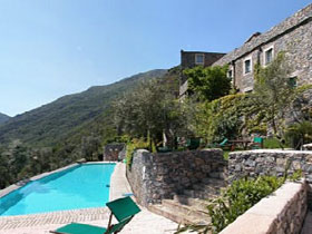Unbranded Liguria holiday accommodation, self catering