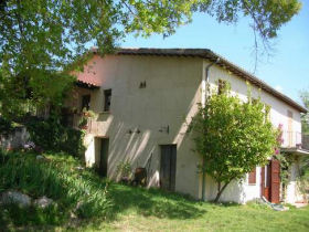 Unbranded Organic farmstay in Italy