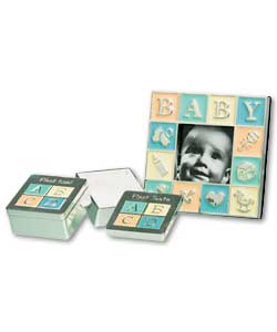 Size of frame only (H)8, (W)8, (D)1cm.Size of set (H)14.5, (W)18.5, (D)2.5cm. Silver gift box