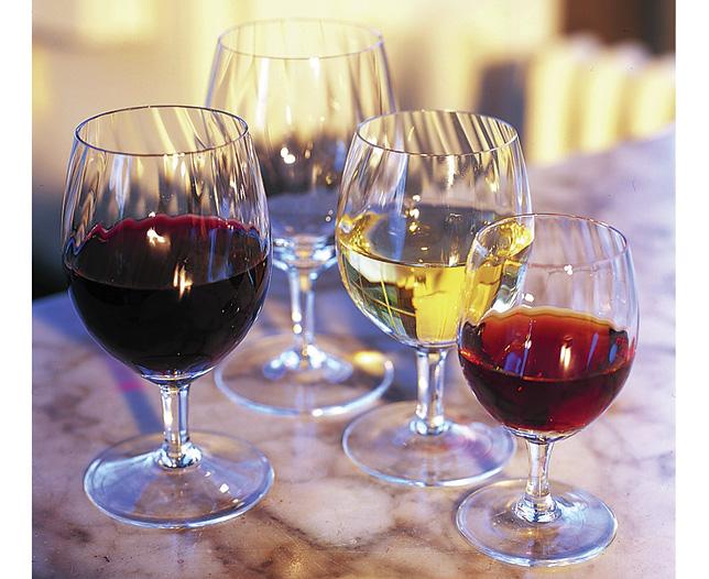 set of six red wine glasses