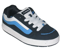 Retro skate styled trainer from Vans.  Upper has v - CLICK FOR MORE INFORMATION